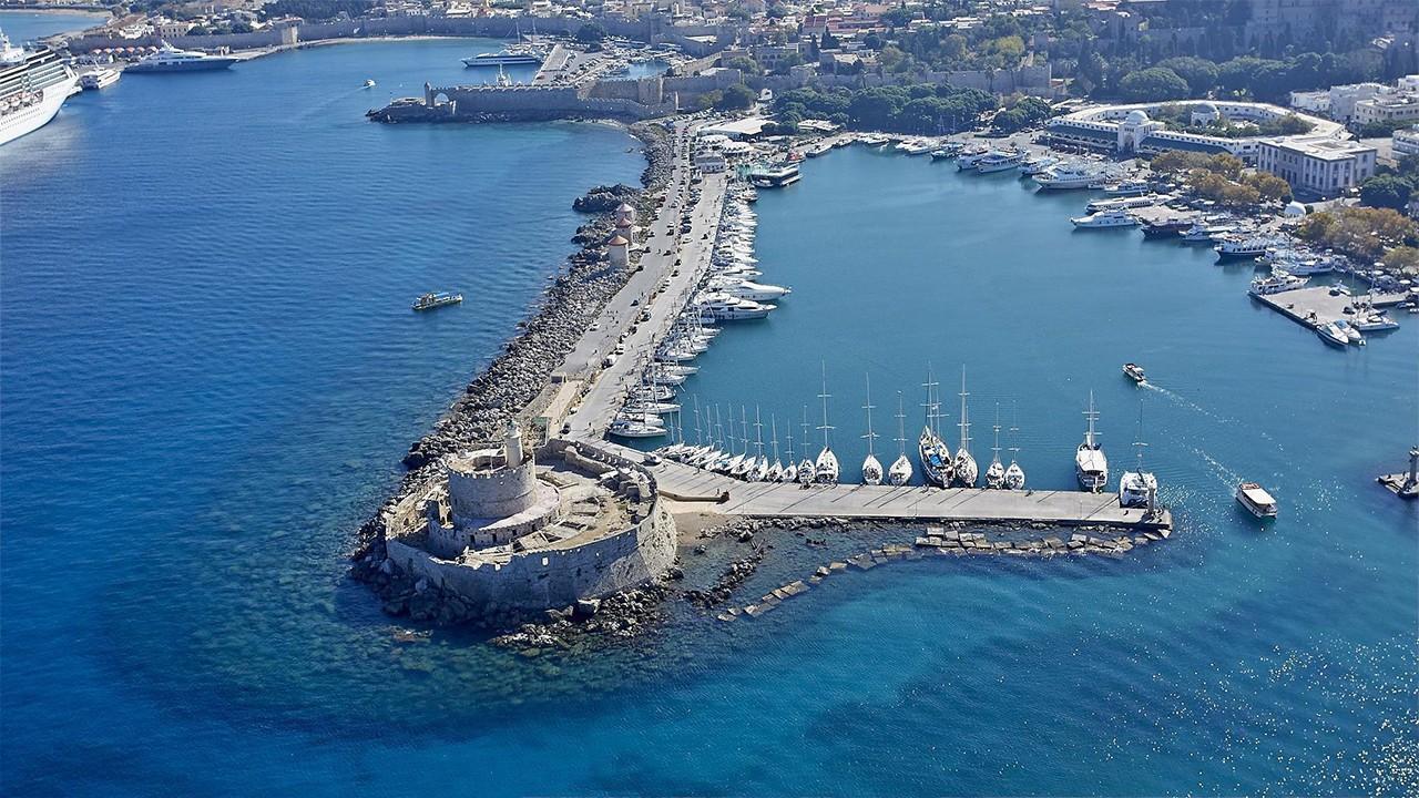 Explore the Greek islands from Rhodes in 2 Weeks