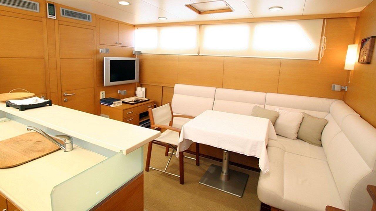 Sailing Yacht Vongole