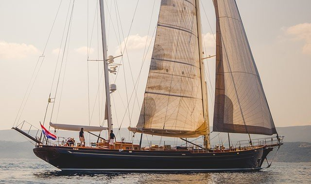 Neo Classic Sailing Yachts