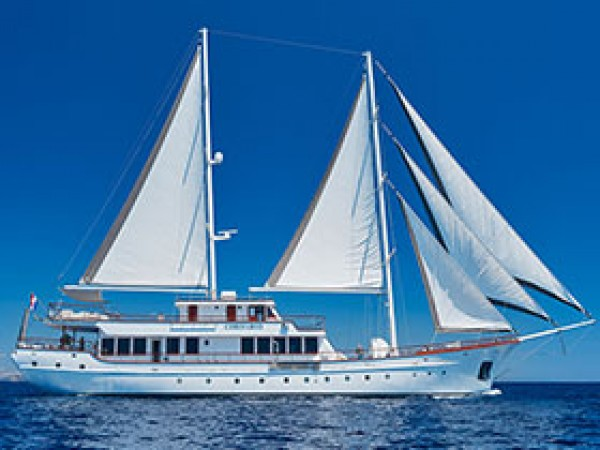 Corsario Sailing Yacht