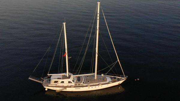 Eloa Sailing Yacht