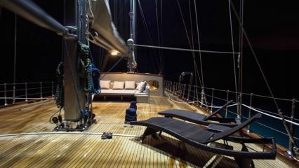 Sailing Yacht Le Pietre