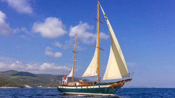 Providenca Sailing Yacht