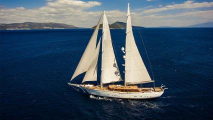 Zanziba Sailing Yacht
