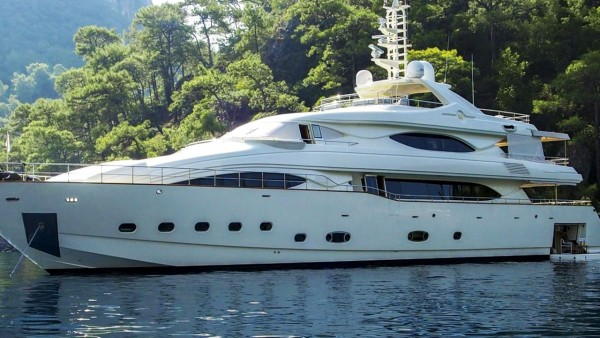 Ariela Motor Yacht