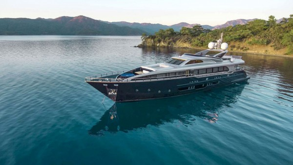 Harun Motor Yacht