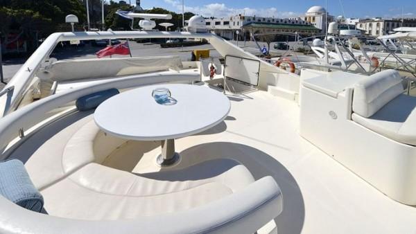 Motor Yacht Mary