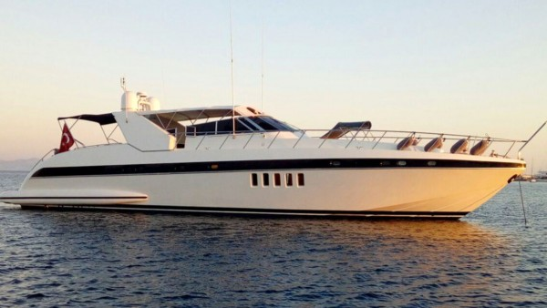 Miracle Motor Yacht